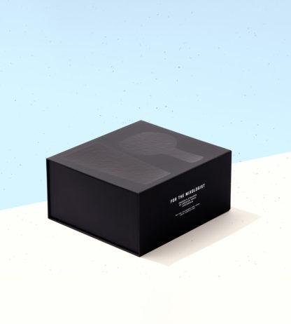 Snygg mattsvart cocktailshaker från Swedish Tonic
